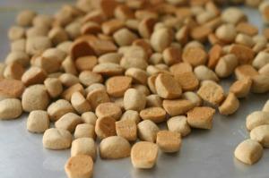 Pepper Nuts
